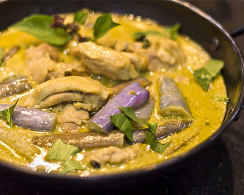 Ep08-green-curry